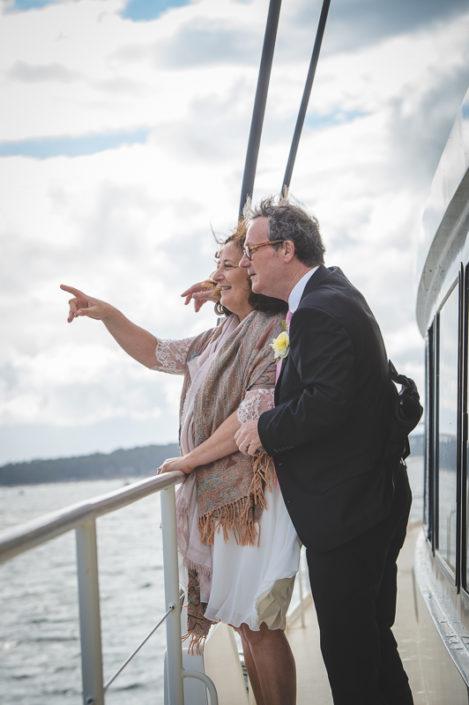 mariés sur un bateau du bassin d'arcachon